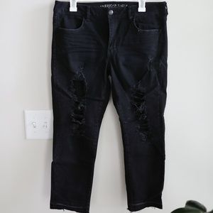 American Eagle Distressed Jeans - Size 14